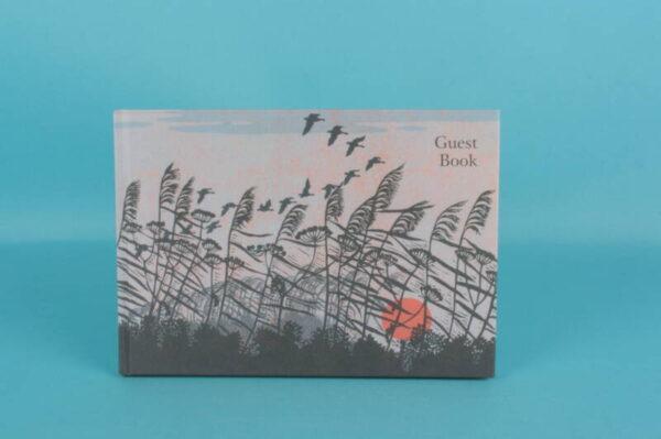 20161932 – GUS 012 Guest Book